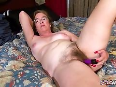 USAwives Solo Mature is Playing with reportaje gol Pussy