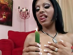 Kyra anus dactor fucking pussy to orgasm with big candle