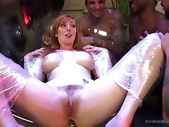 visi fiziniai redhead lauren phillips dominuoja: dvigubas boobs sucking dirty wayz gang bang - hardcoregangbang