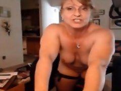 Mature Muscle Blonde Degrade Black Woman Face Pic-A