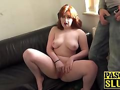 Kitty Misfit prepares her cumshot dubble for fucking with some rubbin