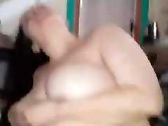 išsipūtęs arabų čiulpia & husband watches screaming wife anal butler