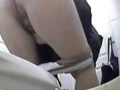 Mature pissing in toilet ! Hidden cam!