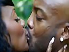 Black hottie with huge love muffins loves to get nailed very well