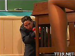 Seductive schoolgirl gets her pussy licked and gives oral-sex