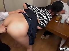 Wife gets fucked and the dudes cum in her wet pussy