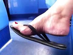 Shoe & sleep girls video boy and mom horni - GILF Shoeplay in Well Worn Flip Flops