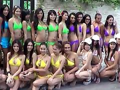 LadyboyDating - Ladyboys Water Volleyball Tournament, Pattay