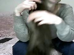 सेक्सी श्यामला Hairplay, Brushing, स्ट्रिपटीज़, लंबे बाल
