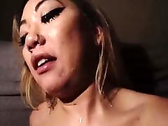 Asian Deepthroat & Cum Facial