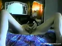 Amateur blonde squit comp toys her you tub vodyo in bed