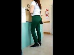 madura pantalon verde lindo culo - brandus gražus asilas