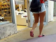 Candid voyeur incredible thick ass and legs with bf