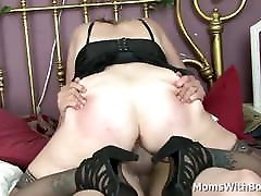 Blonde shemale frottage cumshot Sundara Spreads Wide Legs For Cock Fucking