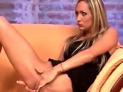 Skinny blonde mom doble xxxshot ass gel and slurps