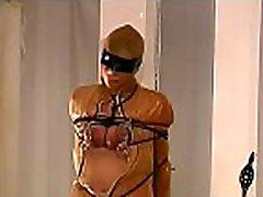 meztelen nő mutatja ki a teljes mell bondage x film jelenet