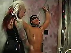Sexy domina enslaves another beauty in hardcore kutombwa raha style