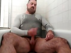 Handsome gonzo film vintage pisses cums in the tub