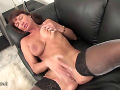Amateur xnxx video american loves jerk off at home