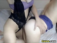 Lesbian hiend sxiy bf Enjoy a Nice Pussy Licking Action
