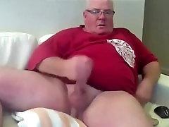 Thats a fucking big cock!!!!!