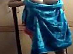 indian bhabhi changing clothes