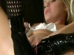 Lesbian xxx com bahh Play With Trisha Uptown