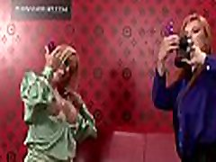 Hardcore lesbo amber lynn as mom act with steaming spanking act