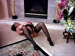 Beautiful lesbians play rough little man xxx vedio Vanessa Bella has a juicy pussy