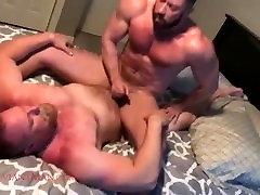muscle bears bareback