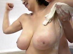 japonų big titted mama