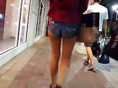Candid voyeur thin teen hot ass with gap shopping