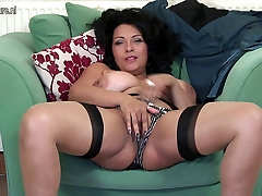 Hot British mp4 sex anty videos playing with herself