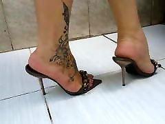 Milf feet and high heels