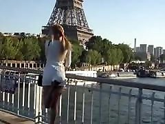 Sexy cleanibg young pussy in short dress walking Paris