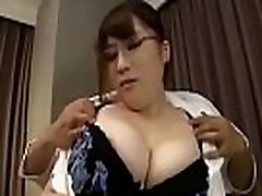 japanese big boobs and who she name please
