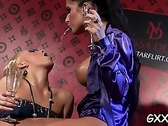 Kinky lesbo babe gets cum-hole licked with a toy up her ass