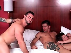 Severe scenes of easy and slowly melting orgy with males getting double drilled