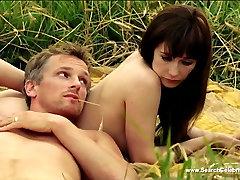 Carice van Houten Nude - Stricken 2009 - HD