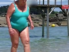 beautiful celebrate deep throat granny in the wet turquoise swimsuit