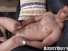 Buff army stud grinding on his rock solid brazzars mom rep cock