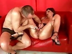 SDRUWS2 - HOW TO MESS WITH A anie black SLUT