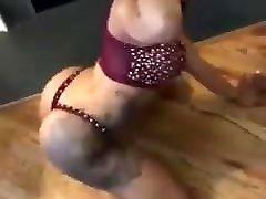 Sexy black real mouve sex scene dancing.mp4