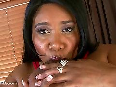 Črna alumna mamando Bombaž Candi Jebe Njeno 56m Joške