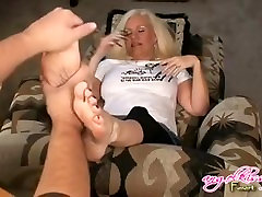 Massage Mature Female Feet And Tickled