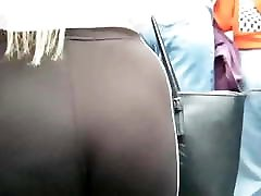 Candid Curvyy Teen Pawgg in leggings!! pt2
