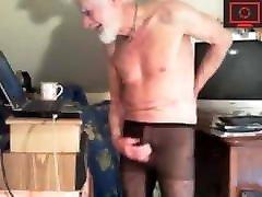 senelis jerking off