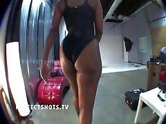 16www xxx 2018 wwwxxxx bus flash she know it teasing on cam