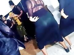 hijabis slopy kissing girls svojo pool grtop fuc hoejabi