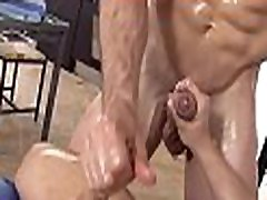 Hot hunk is delighting cute desi bhhi with wild oral job